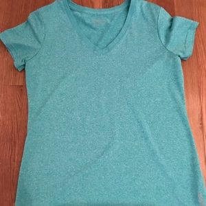 Women's Reebok shirt